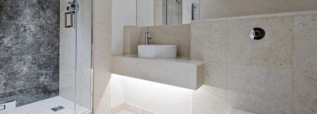 Keeping Your Showers and Tub Surrounds Sparkling! - Post